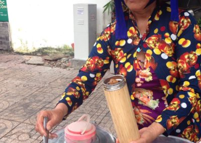 bamboo-thermos-vientamese-lady-with-soup